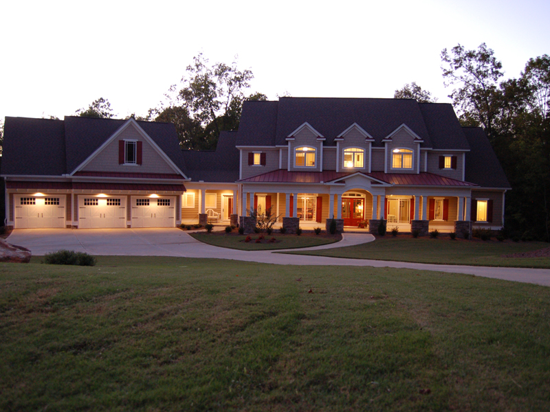 Craftsman House Plan Front Photo 02 - 076D-0204 | House Plans and More