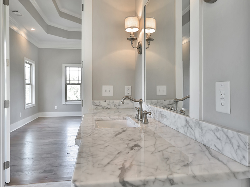 Traditional house plan master bathroom photo 04 076d 0220 house