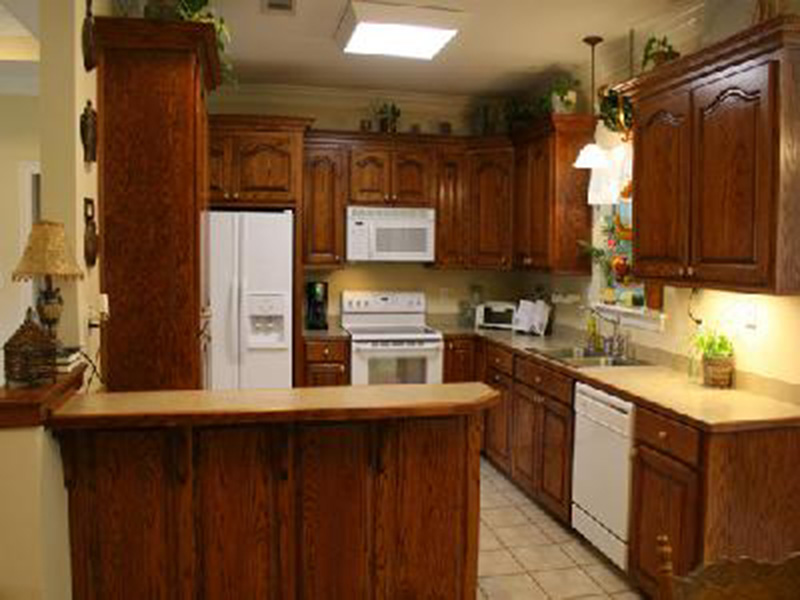Traditional House Plan Kitchen Photo 03 - 077D-0052 | House Plans and More