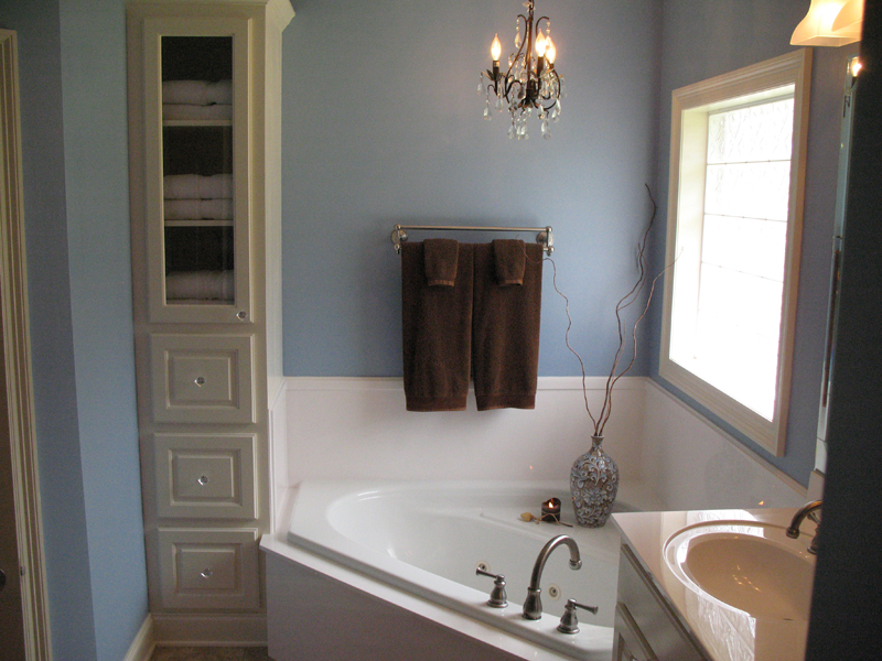 Ranch House Plan Master Bathroom Photo 01 077D-0097