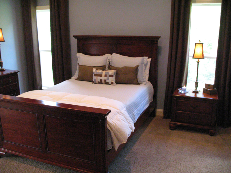 Ranch House Plan Master Bedroom Photo 01 077D-0097