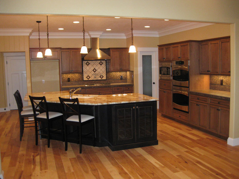 Cabin and Cottage Plan Kitchen Photo 02 077D-0227