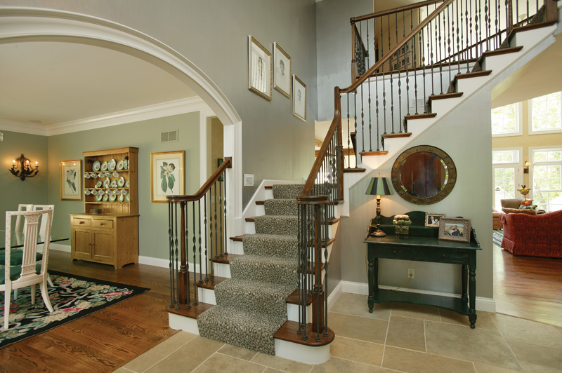 Luxury House Plan Foyer Photo 079D-0001