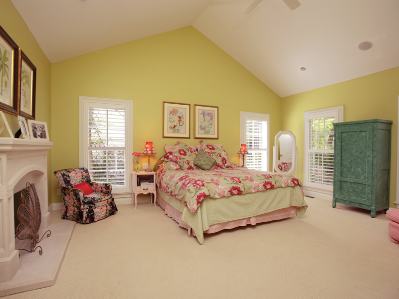 Southern House Plan Master Bedroom Photo 01 079D-0001