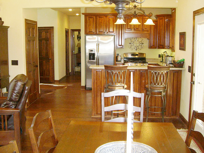 Vacation Home Plan Kitchen Photo 03 080D-0003