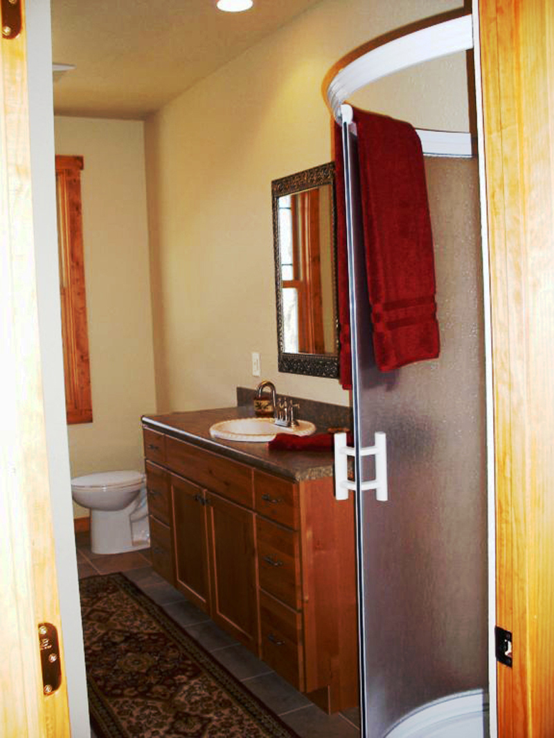 Vacation House Plan Bathroom Photo 03 - 080D-0004 | House Plans and More