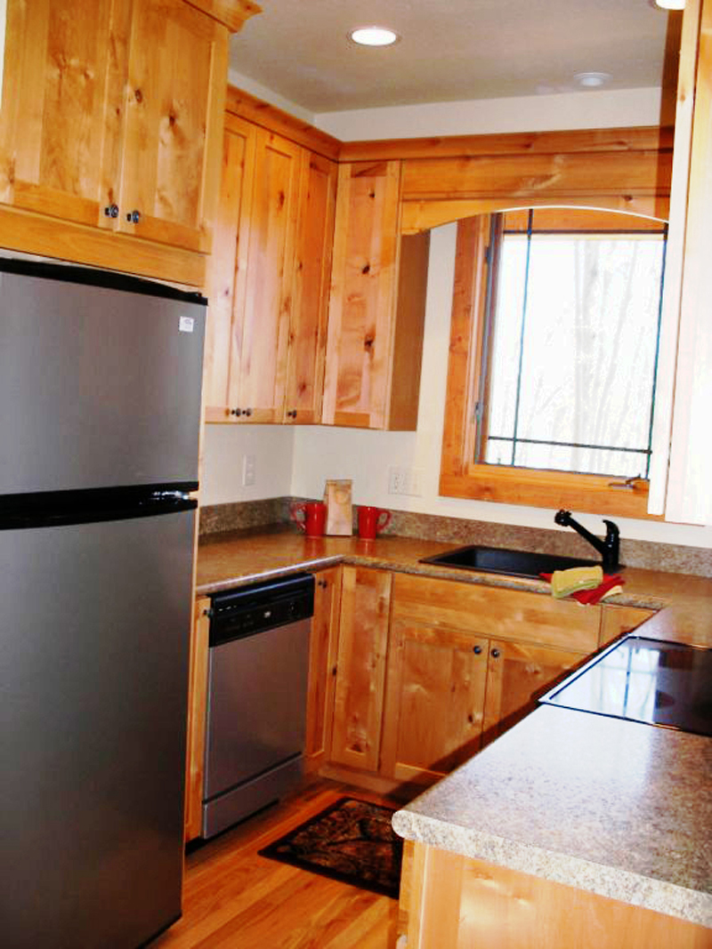Cabin and Cottage Plan Kitchen Photo 02 080D-0004