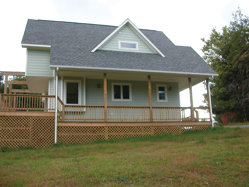 Traditional House Plan Side View Photo 02 - 080D-0004 | House Plans and More