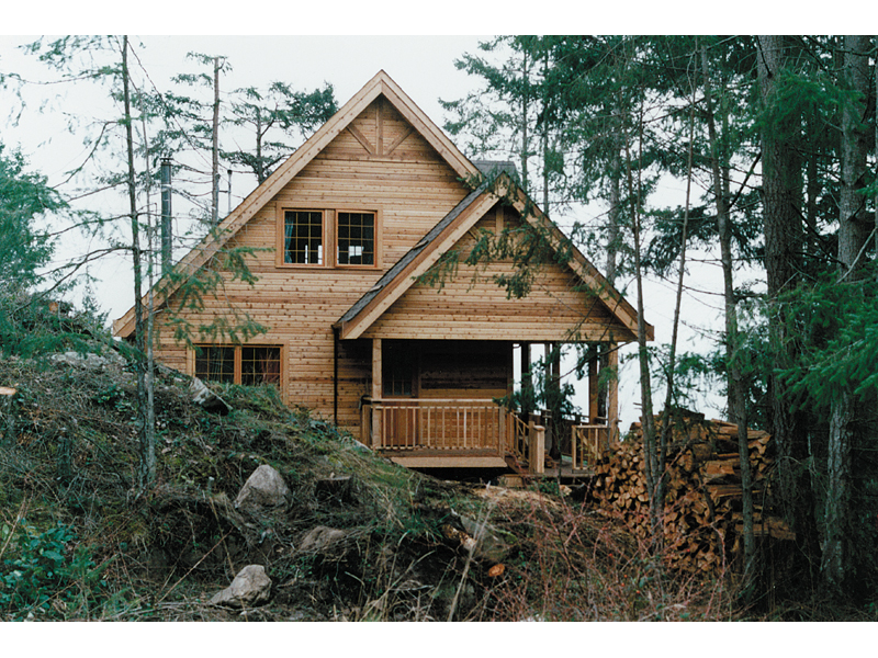 Rustic Log Cabin Design With Mountainous Style