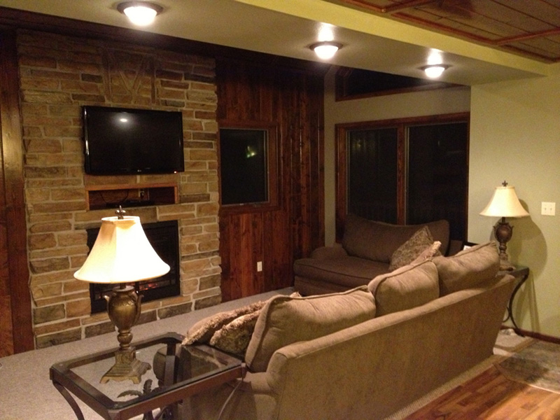 Lake House Plan Family Room Photo 01 - 080D-0007 | House Plans and More