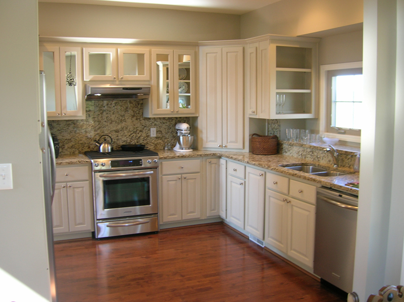 Vacation Home Plan Kitchen Photo 01 080D-0014