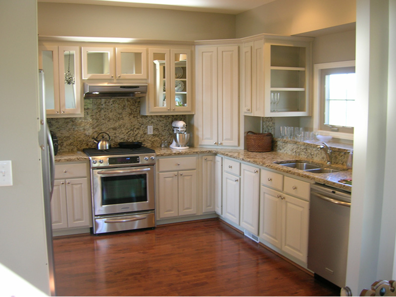 Rustic Home Plan Kitchen Photo 03 - 080D-0014 | House Plans and More