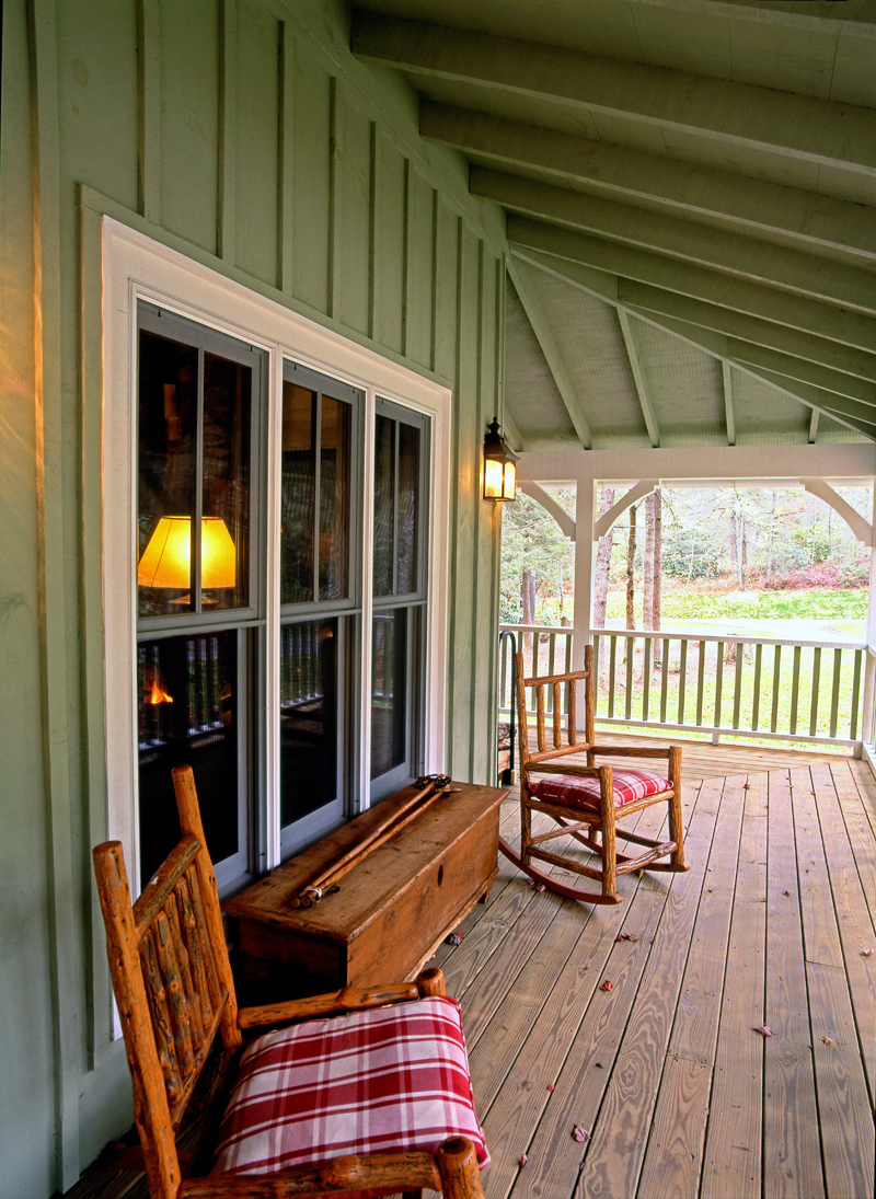 Rustic Home Plan Porch Photo 01 082D-0065