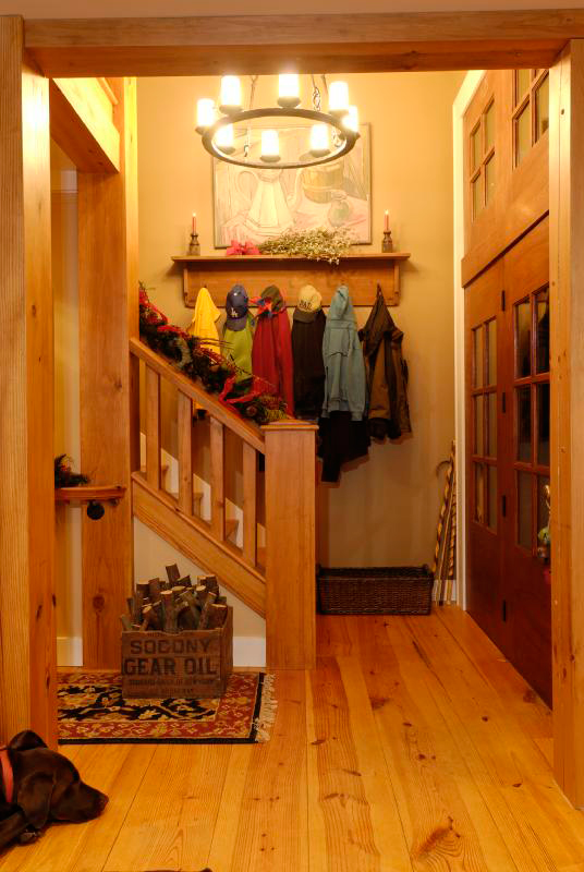 Rustic Home Plan Stairs Photo 01 082D-0066