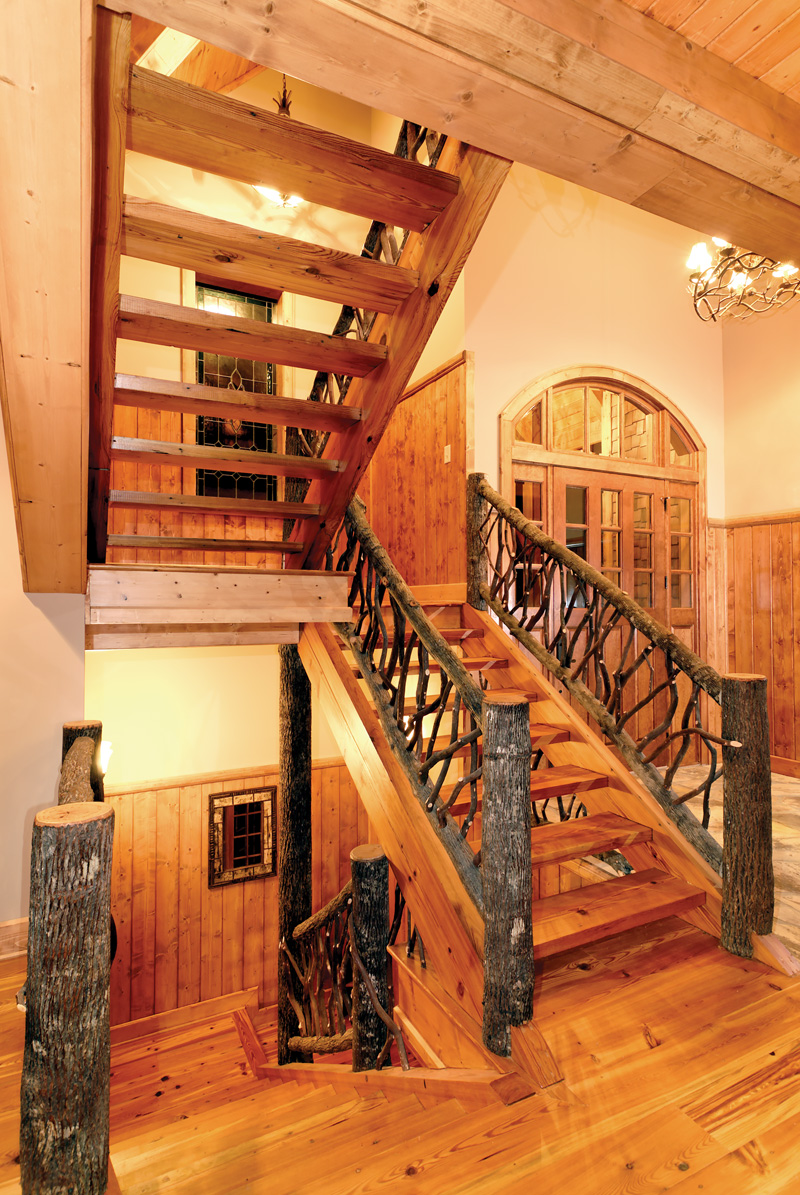 Rustic Home Plan Stairs Photo 01 - 082S-0001 | House Plans and More