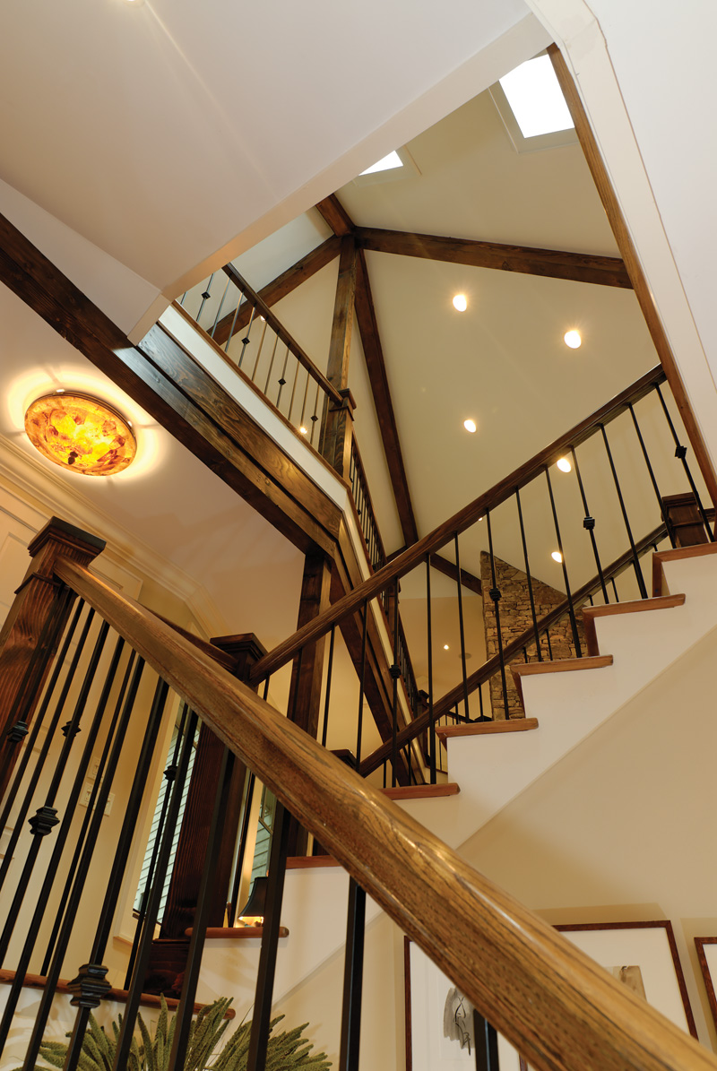 Rustic Home Plan Stairs Photo 01 082S-0004