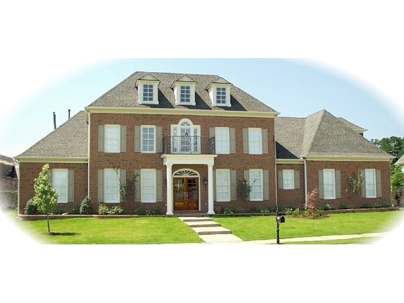 Symmetrically Design Luxury Two-Story Home