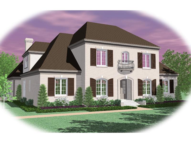 Elegant Luxury Plantation House With Hip Roof Design