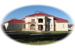 Sleek Contemporary Sunbelt House With Brilliant Roof