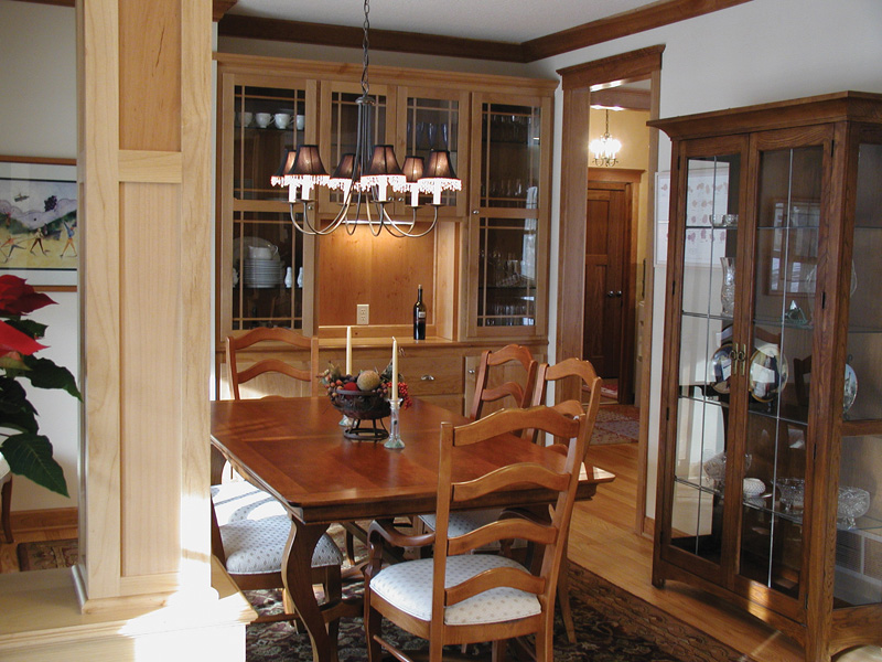 Traditional House Plan Dining Room Photo 01 091D-0017