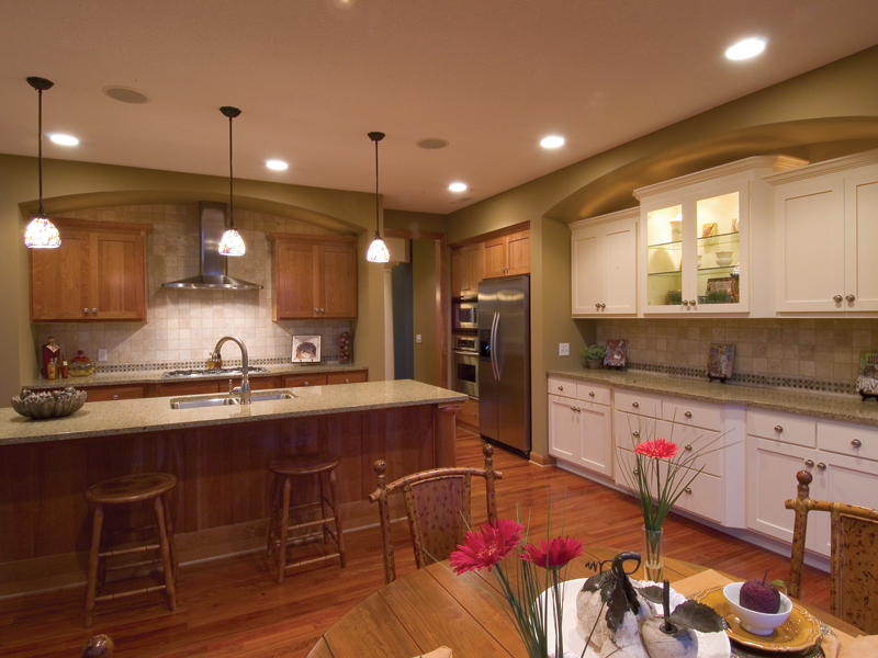 Traditional House Plan Kitchen Photo 01 091D-0021