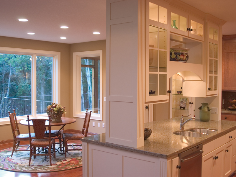 Traditional House Plan Kitchen Photo 03 091D-0449