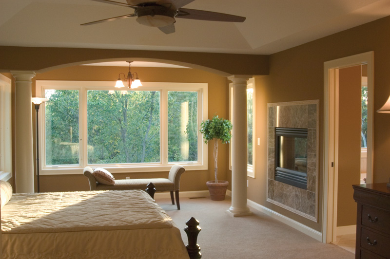 Traditional House Plan Master Bedroom Photo 01 091D-0449