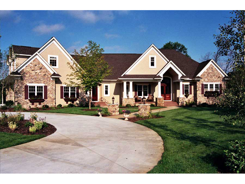 Traditional House Plan Front of Home 091D-0476