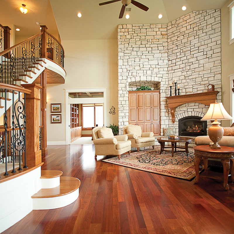 Traditional House Plan Great Room Photo 01 101S-0012
