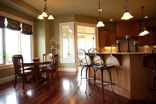 Traditional House Plan Kitchen Photo 02 101S-0012
