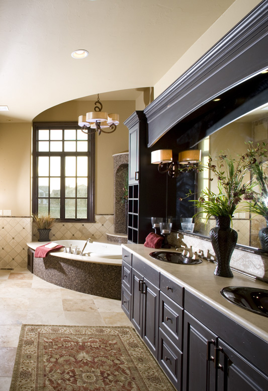 Rustic Home Plan Master Bathroom Photo 01 101S-0025