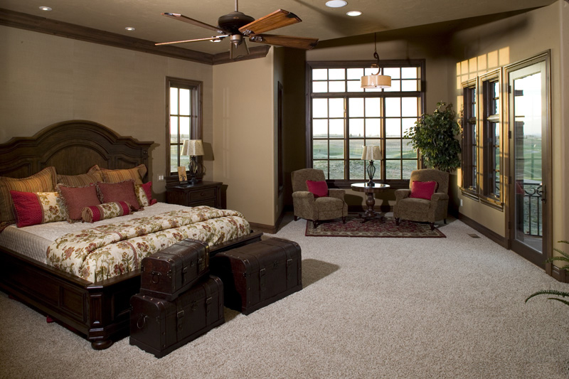 Rustic Home Plan Master Bedroom Photo 01 - 101S-0025 | House Plans and More