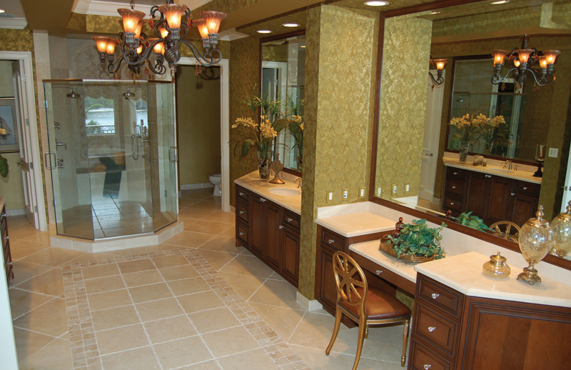 Florida House Plan Master Bathroom Photo 02