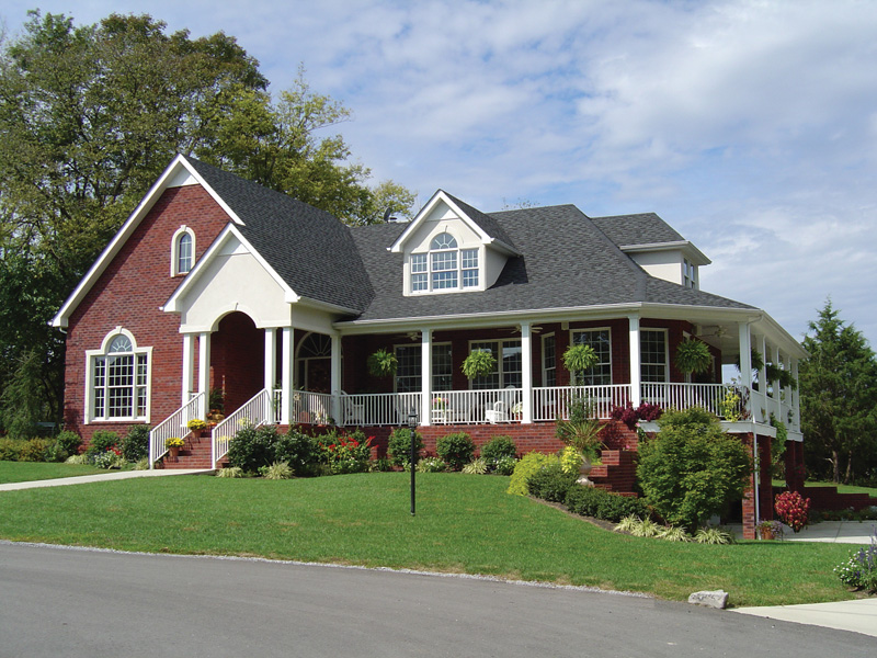 Traditional House Plan Front Photo 04 111D-0009
