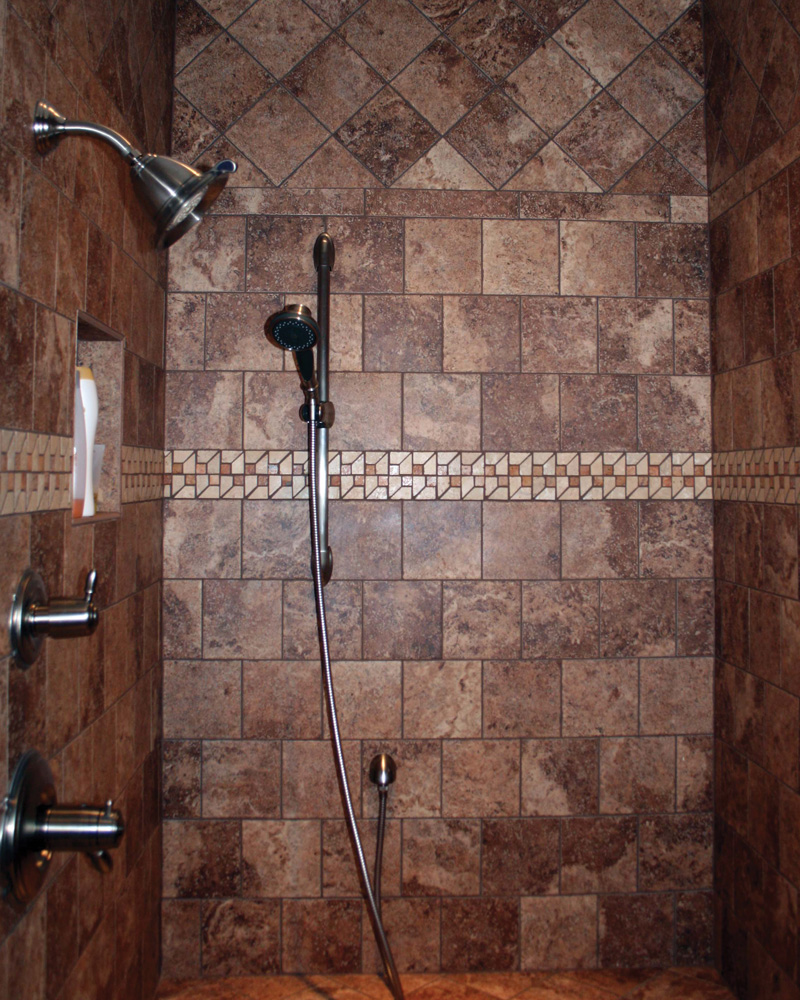 Traditional House Plan Bathroom Photo 01 111D-0018