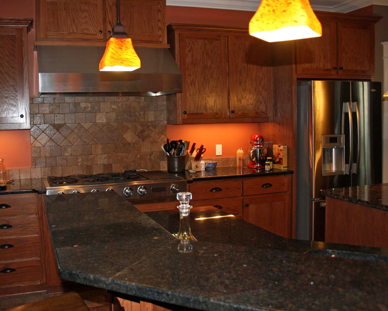 Traditional House Plan Kitchen Photo 01 111D-0018