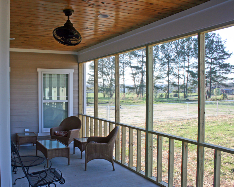 Traditional House Plan Screened Porch Photo 01 111D-0018
