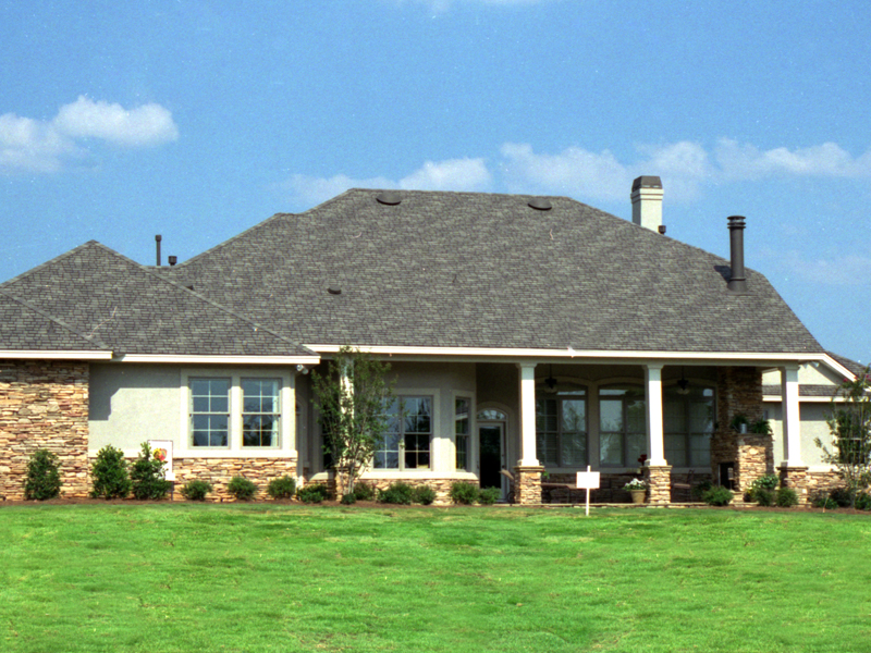 Ranch House Plan Front Photo 01 111D-0031