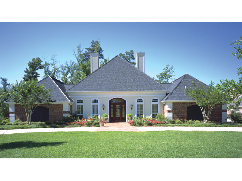 Traditional House Plan Front of Home 115D-0001
