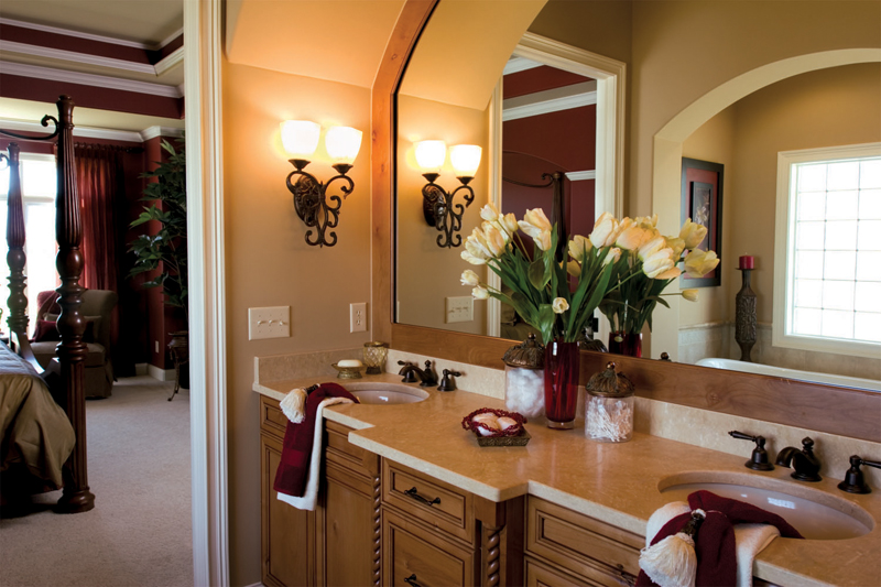 European House Plan Bathroom Photo 01 119D-0007