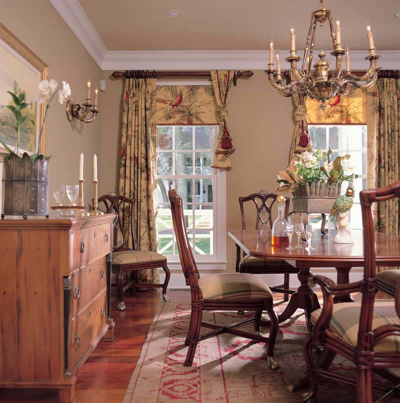 Colonial House Plan Dining Room Photo 01 128D-0001