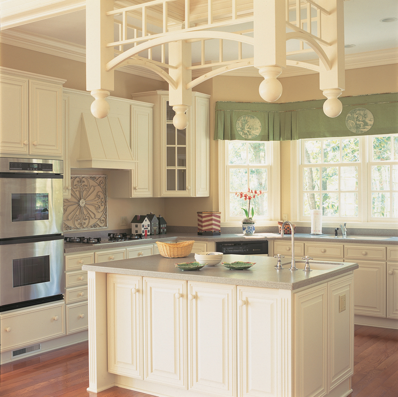 Plantation House Plan Kitchen Photo 01 128D-0001