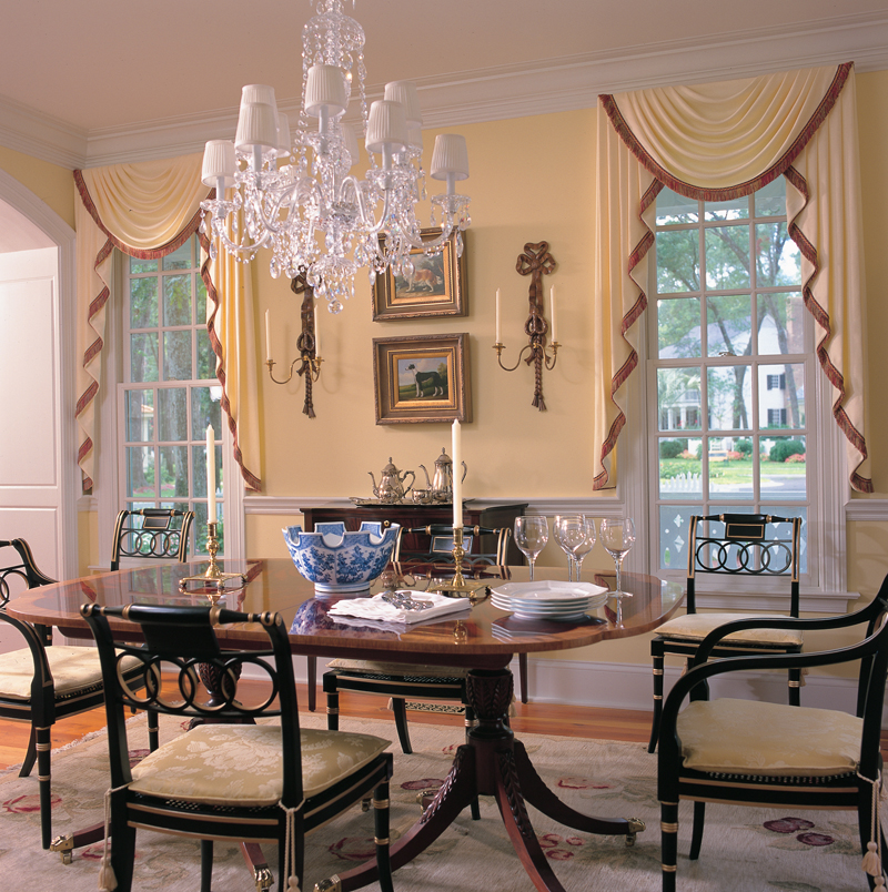 Cape Cod and New England Plan Dining Room Photo 01 128D-0003