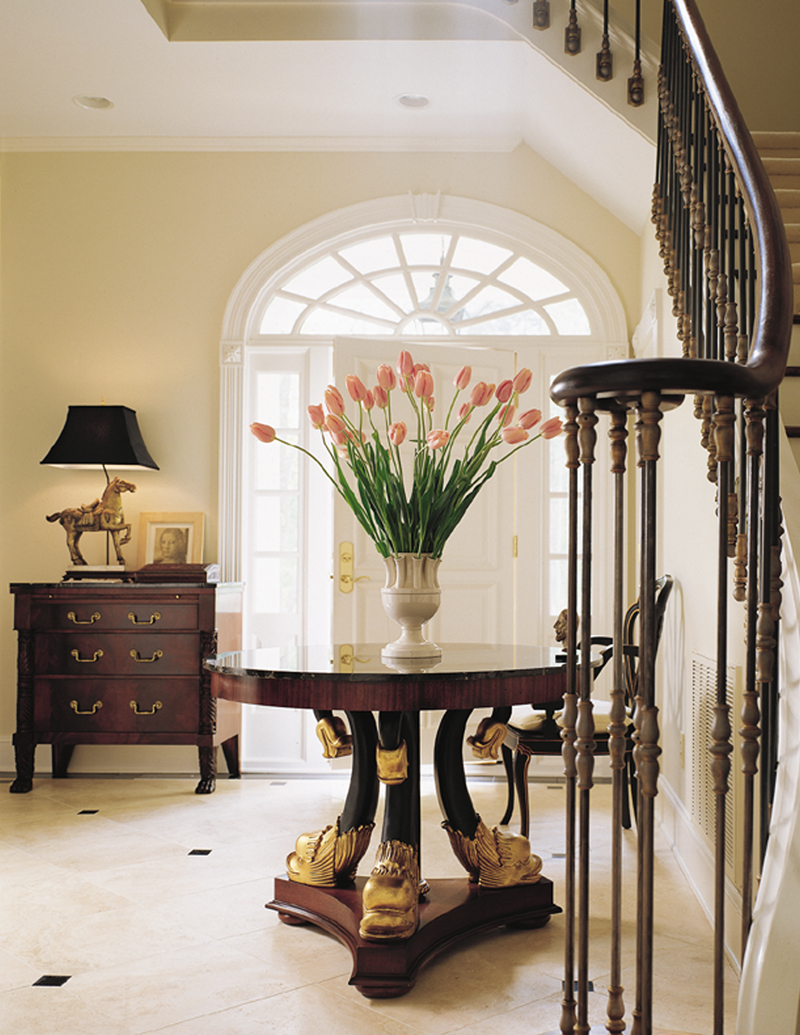 Southern Plantation Plan Foyer Photo 128D-0006