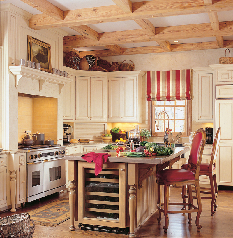 Traditional House Plan Kitchen Photo 01 128D-0006