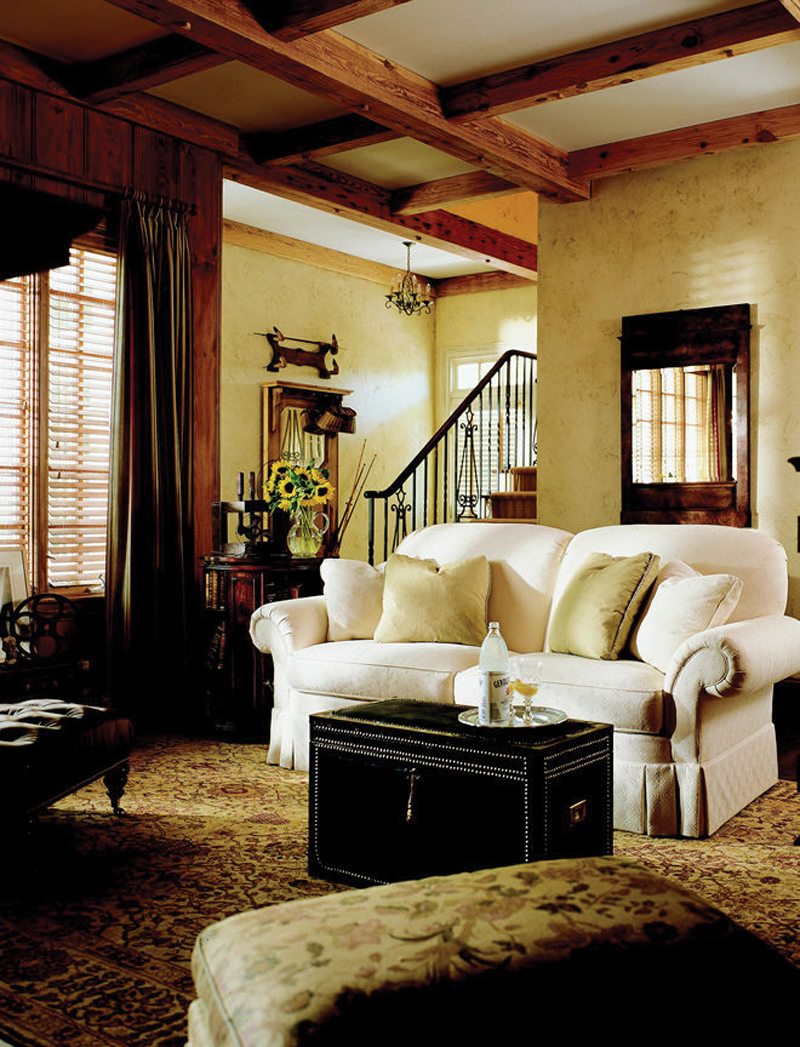 Luxury House Plan Living Room Photo 01 - 128D-0006 | House Plans and More