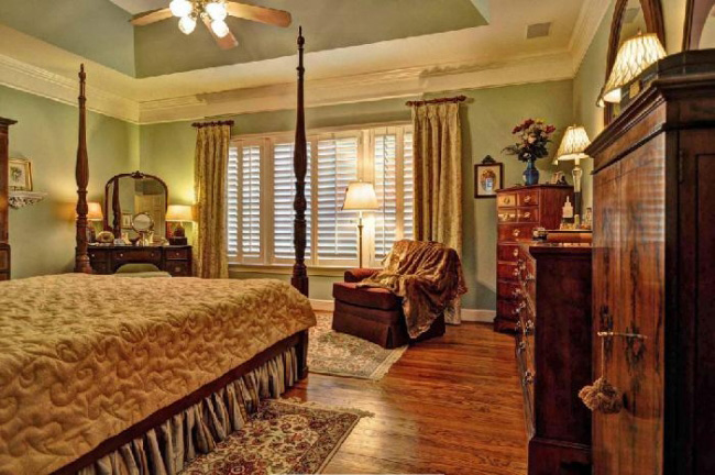 Southern Plantation House Plan Master Bedroom Photo 01 - 128D-0008 | House Plans and More