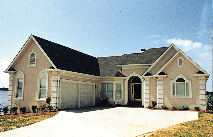 Ranch House Plan Front of Home - 129D-0011 | House Plans and More