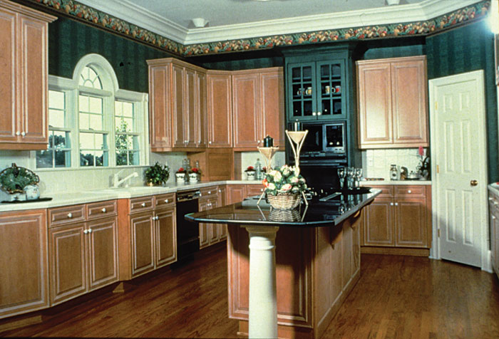 Traditional House Plan Kitchen Photo 01 129D-0021
