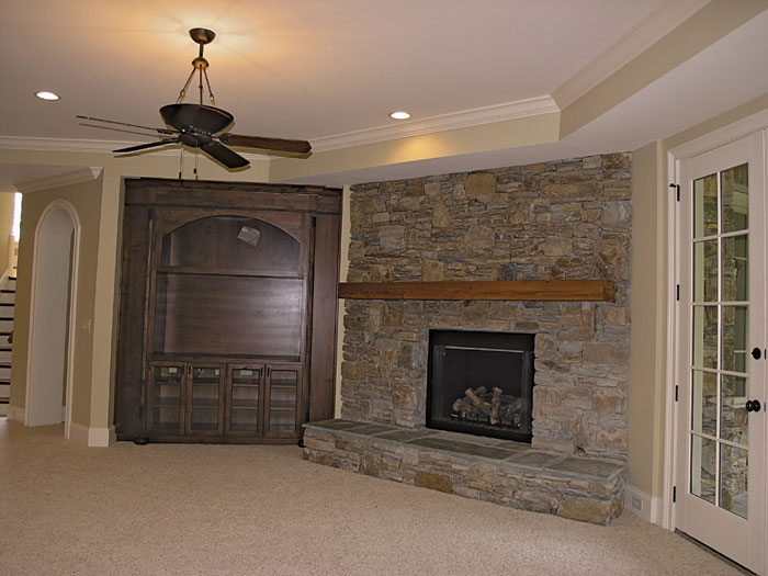 English Cottage Plan Fireplace Photo 01 129S-0005